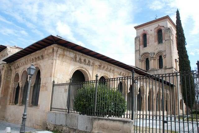 El románico en Segovia, capital (Monumento - España ...